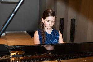 Pianist Emma Saskia Baehler